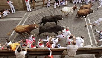 11-07-2016 11:34 Gonitwa byków w Pampelunie. Cztery osoby w szpitalu