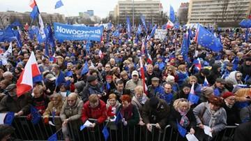 """2017-03-25 """"Kocham Cię, Europo!"""". Manifestacja poparcia dla UE w Warszawie"""
