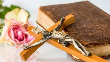 """17-11-2017 06:21 Francuscy biskupi zmieniają oficjalne tłumaczenie modlitwy """"Ojcze nasz"""""""