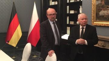 08-02-2017 10:31 Legutko: Kaczyński powiedział Merkel, że polski rząd nie może poprzeć kandydatury Tuska