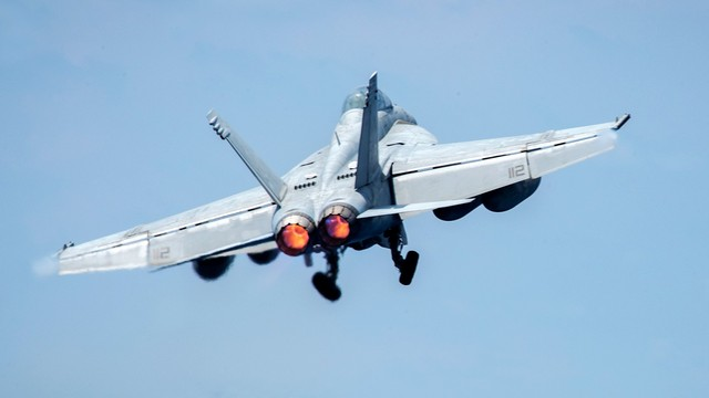Koalicja pod wodzą USA zestrzeliła syryjski samolot wojskowy
