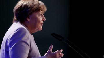 28-04-2017 20:08 Merkel: Macron będzie silnym prezydentem Francji
