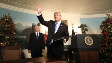 Trump z najwyższym poparciem od ponad pół roku. Na koniec 2017 r. wyniosło 39 proc.