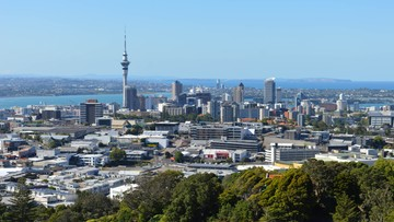 17-05-2016 09:31 Kryzys mieszkaniowy w Nowej Zelandii. Ludzie żyją w garażach i kontenerach