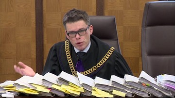 Sąd uchylił decyzję prokuratury o umorzeniu śledztwa ws. obrad w Sali Kolumnowej.