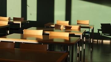 Kontrola kuratorium w szkole po usunięciu transseksualnego ucznia