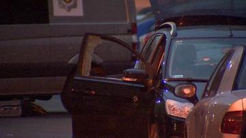 Zmarł mężczyzna ranny w głowę podczas strzelaniny w Warszawie. Policja wciąż szuka sprawcy