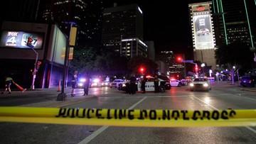 08-07-2016 20:20 Po strzelaninie w Dallas flagi opuszczone do połowy masztów