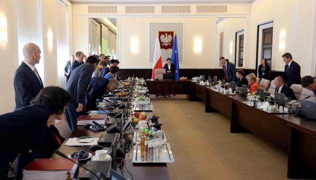 Rząd przyjął projekt budżetu na 2016 rok