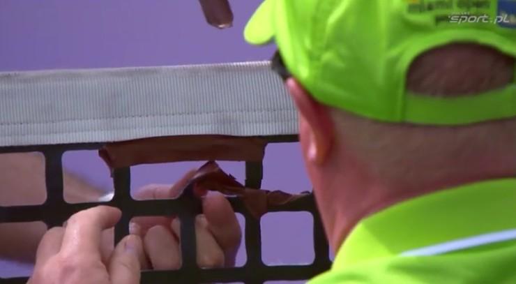 Wpadka organizatorów turnieju ATP! Siatka dziurawa jak szwajcarski ser