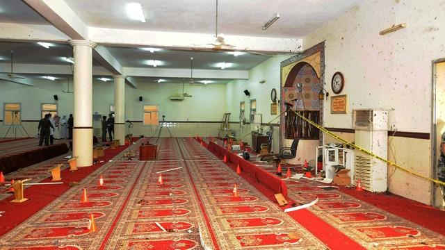 Arabia Saudyjska: zamach na meczet, 15 osób zginęło