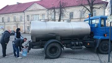 09-02-2016 12:09 Olkusz: 50 tys. mieszkańców nie ma wody pitnej w kranach. Ujęcie wody skażone przez bakterie E - coli