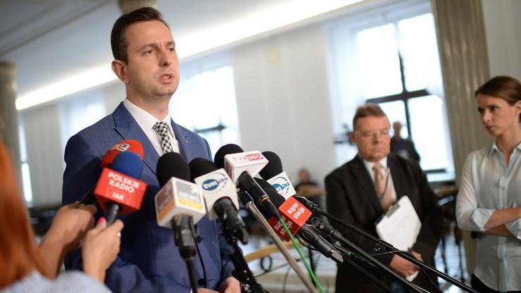 """Kosiniak-Kamysz o """"fatalnej sytuacji w rolnictwie"""". Jurgiel: """"PSL doprowadził do destabilizacji rynków"""""""
