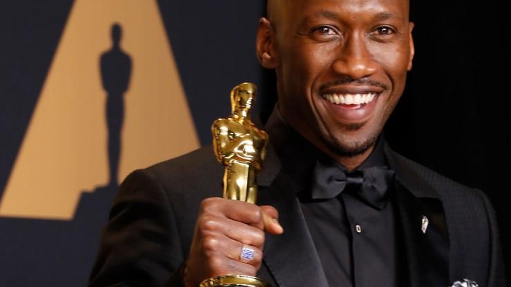 """""""Moonlight"""" z Oscarem dla najlepszego filmu. Wcześniej pomyłkowo wyczytano """"La La Land"""""""