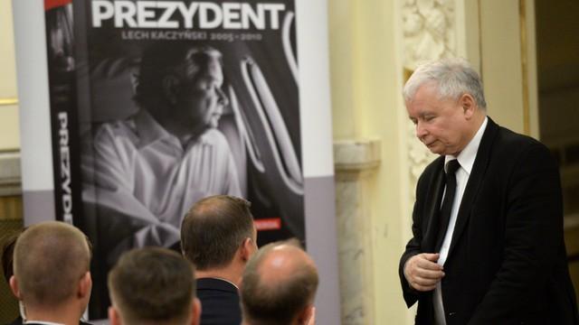 Kaczyński na premierze biografii brata - prawda o Lechu Kaczyńskim była konsekwentnie zakłamywana