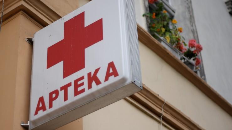 """""""Apteka dla aptekarza"""". Polska wprowadza, a Włosi rezygnują, bo to prawo """"szkodliwe dla konkurencji i pacjentów"""""""