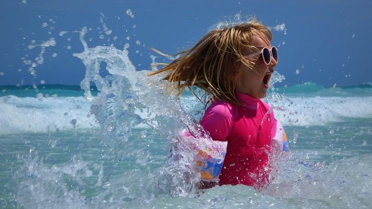 CBOS: rekordowa liczba dzieci wyjechała na wakacje