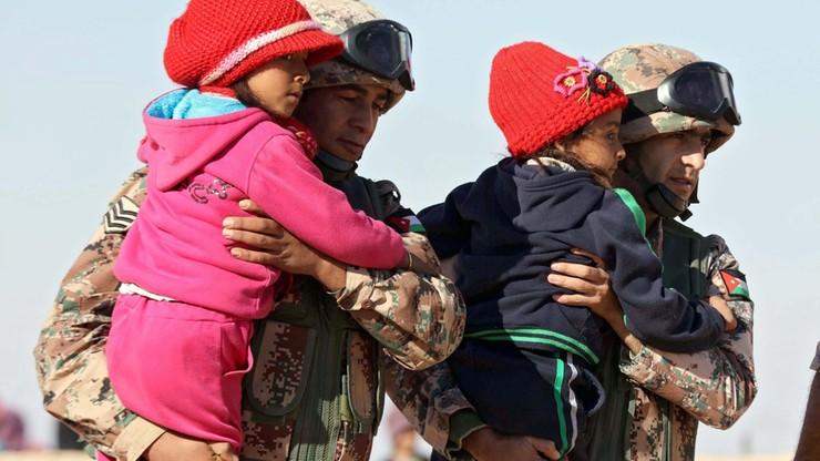 ONZ ostrzega: dzieciom uciekającym z Syrii grozi zamarznięcie