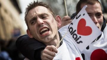 12-03-2016 11:47 Francja: policja zatrzymała w Calais działaczy prawicy. Chcieli zablokować imigrantów
