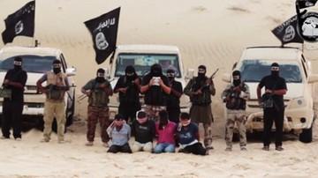 27-02-2017 19:23 Kanibale z Państwa Islamskiego. W podręczniku znaleziono wskazówki, jak jeść ludzi