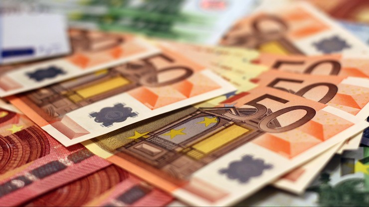 """Unia Europejska zmienia regulacje dotyczące VAT. Powstanie """"jedno okienko"""" dla internetowych handlowców"""