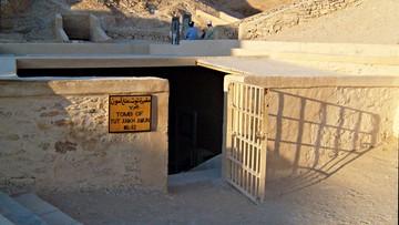 07-11-2015 15:52 Nefertiti może być pochowana w grobowcu Tutanchamona. Naukowcy prawdopodobnie znaleźli nową komorę