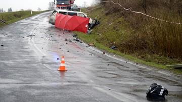 26-03-2016 16:34 Bus zderzył się z tirem. Cztery osoby nie żyją, cztery są ranne