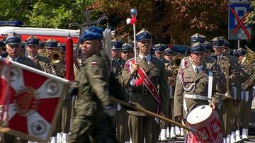 15-08-2016 07:26 Prezent na Święto Wojska. Będą podwyżki dla żołnierzy