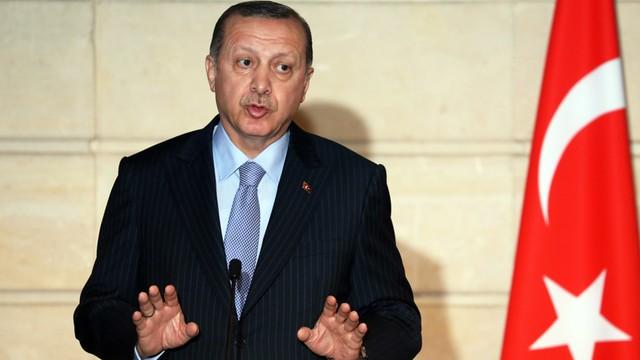 Turcja wycofuje się z próby legalizacji małżeństw z nieletnimi dziewczętami