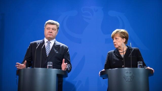 Poroszenko: Groźba wybuchu wojny większa niż w 2015 roku