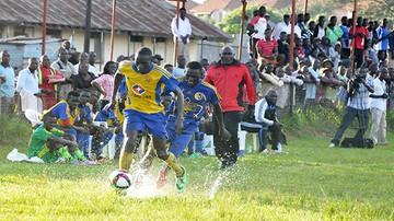 2015-12-01 Piłkarze dorabiają jako taksówkarze! Takie rzeczy tylko w Ugandzie