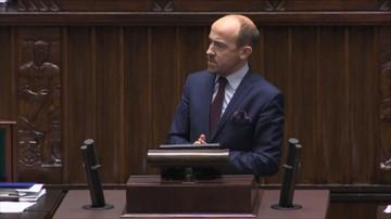 """22-11-2017 11:51 """"Zmowa polityczna"""", """"Przejęcie wymiaru sprawiedliwości"""". PO i Nowoczesna wnioskowały o przerwanie prac nad prezydenckimi projektami ustaw o SN i KRS"""