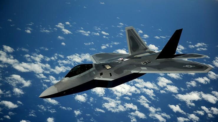 Libia: Amerykanie bombardują cele ISIS w Syrcie