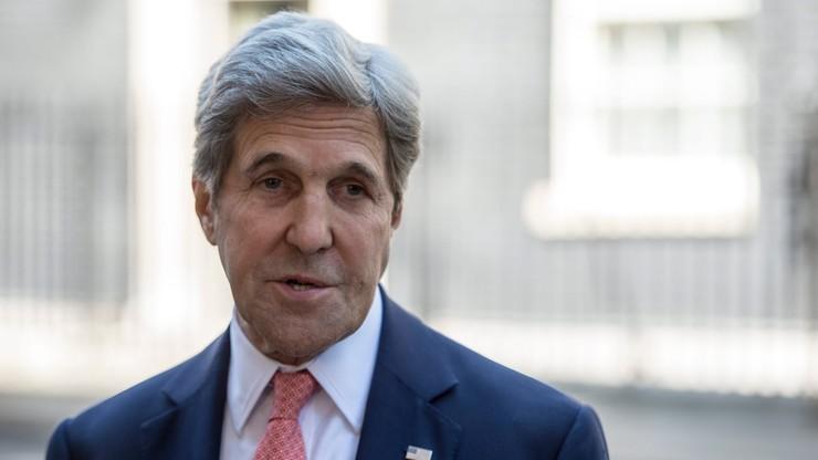 Kerry wzywa Ankarę do przedstawienia twardych dowodów ws. Gulena