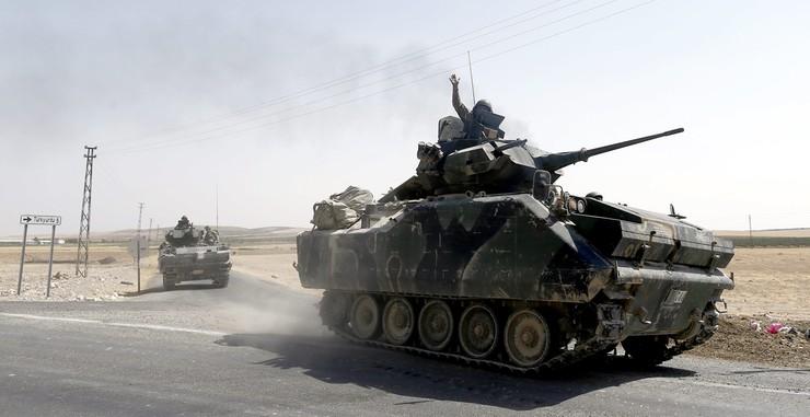 """Wicepremier Turcji: nasze czołgi w Syrii to nie okupacja. """"Nie prowadzimy wojny"""""""