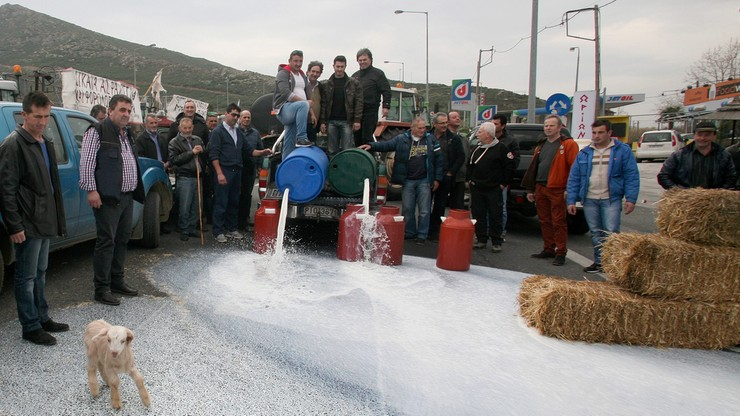 Blokady przejść między Bułgarią i Grecją najlepiej ominąć jadąc przez Macedonię - radzi Główny Inspektorat Transportu Drogowego