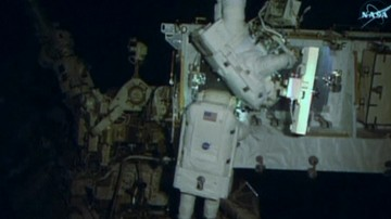 14-01-2017 09:20 Kosmiczny spacer 400 km nad Ziemią. Astronauci wymienili baterie