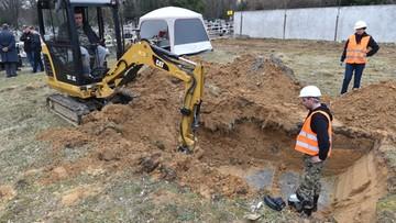 18-03-2017 18:52 Ludzkie szczątki odnalezione na Cmentarzu Rakowickim. Dalsze prace przejmie IPN