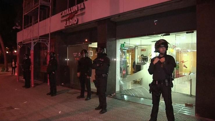 Ciasne pokoje, złe jedzenie, brak higieny. Policjanci wysłani do Katalonii narzekają na warunki