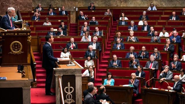 Szef greckiego MSW: parlament poprze decyzje wymagane przez wierzycieli