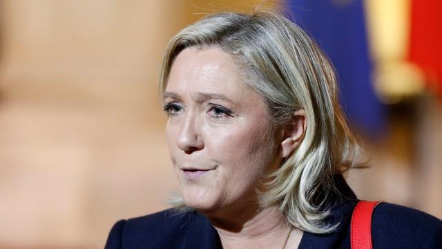 Francja: Policja przeszukuje centralę Frontu Narodowego