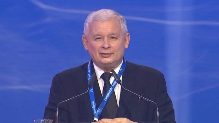 """""""Nie chcemy ograniczać uprawnień samorządów"""". Jarosław Kaczyński po spotkaniu partii"""