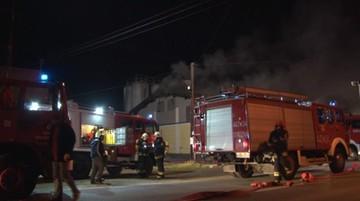 25-11-2016 12:32 Pożar piekarni. Strażacy walczyli z ogniem przez ponad 9 godzin