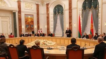 """15-02-2016 21:41 Białoruska opozycja: zniesienie sankcji błędem. """"To zdrada wobec Białorusinów"""""""