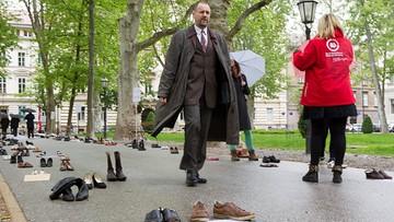 """28-04-2016 22:19 """"Protest porzuconych butów"""". Chorwaci chcą zatrzymać młodych w kraju"""