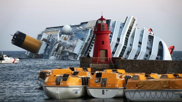 Włochy: uczczono ofiary katastrofy statku Costa Concordia. Od tragedii minęło 6 lat