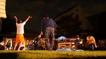 Niezwykły show w Japonii. Furorę robią bezdomni tancerze
