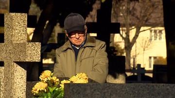 Cmentarz odebrał mu grób, który kupił 19 lat temu
