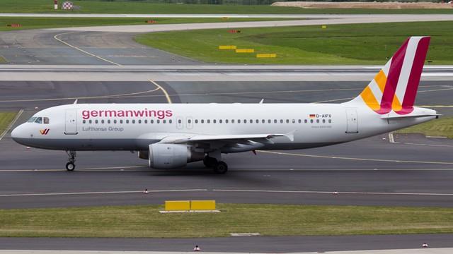 Bild: drugi pilot Airbusa A320 testował wcześniej zniżanie samolotu