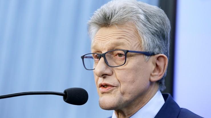 """""""Brnie w kłamstwo"""". Opozycja o wyjaśnieniach Piotrowicza"""